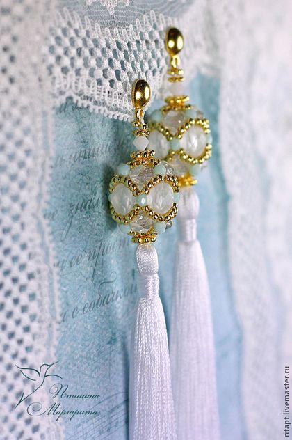 Серьги ручной работы. Ярмарка Мастеров - ручная работа Длинные серьги из бисера с кистями, нежные серьги, белые серьги. Handmade.