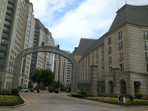 They say everything is bigger in Texas and the Rosewood Crescent exemplifies this statement. The hotel's exterior is clad in limestone and made quite an impression