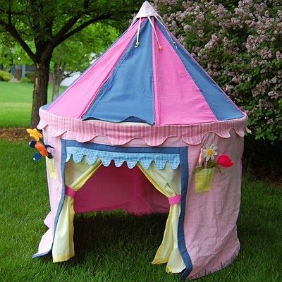 8 DIY Kids Playhouses