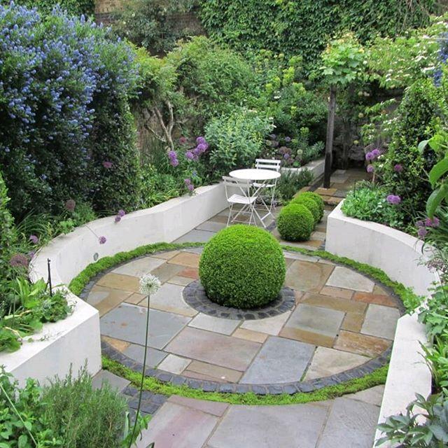 Vibrant Garden Charlotterowegardens Gardendesign Hclgardens Gardenbuild Brookgreen Londongardens