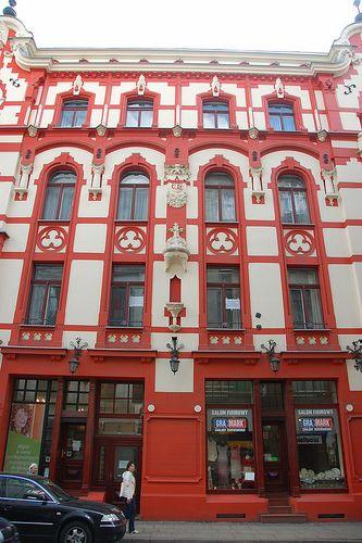 I MUST-SEE: Łódź, Poland. I want to explore my Maternal Grandmother's heritage (100% Polish!) http://wikitravel.org/en/%C5%81%C3%B3d%C5%BA