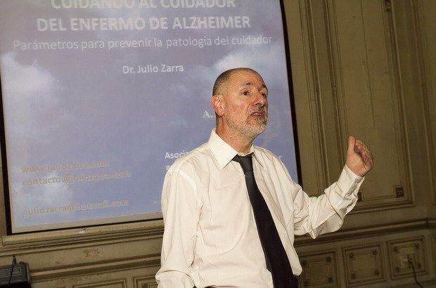 El padecer oculto del cuidador del enfermo de Alzheimer1-julio-zarra-tres