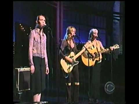 Sheryl Crow, Emmylou Harris & Gillian Welch : Bright Morning Stars / Will The Circle be Unbroken