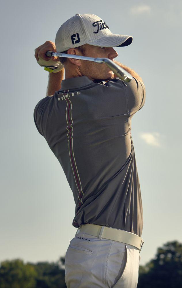 ZEPP Golf - 3D Bewegungsanalyse Einfach und robust Der ZEPP Golf 3D Sensor wird ganz einfach mit dem Clip am Golfhandschuh befestigt.
