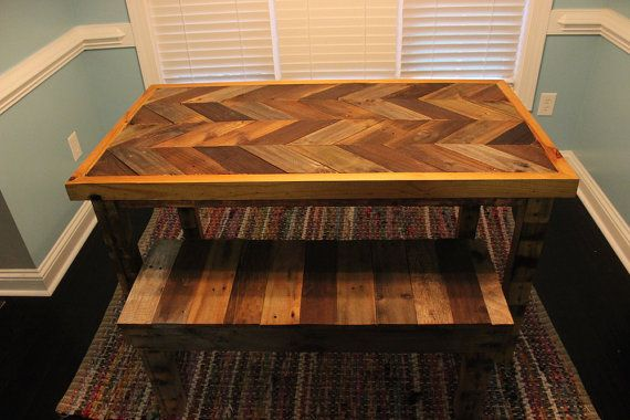Recuperada la plataforma madera Chevron patrón tabla