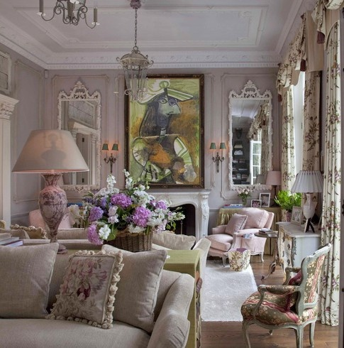 A sitting room in a House of Mirth by Nicky Haslam Interior Design