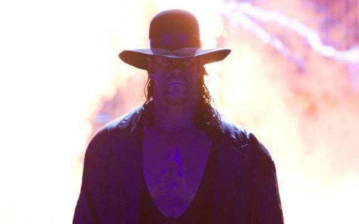 The Undertaker news: Is He Facing Off Against John Cena or AJ Styles? - http://www.gackhollywood.com/2016/11/the-undertaker-news-facing-off-against-john-cena-aj-styles/