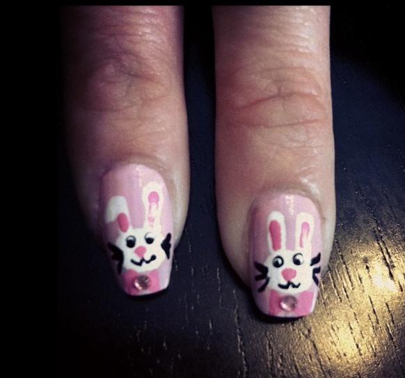Fun Easter Bunny Nail Tutorial: Nails Art, Easter Bunnies, Art Ideas, Nails Easter, Bunnies Nails, Articles Marketing, Bunnies Rabbit, Easter Nails, Diy Nails