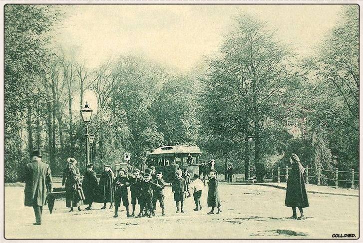 Breda, Paardentram op de oude Willemsbrug.
