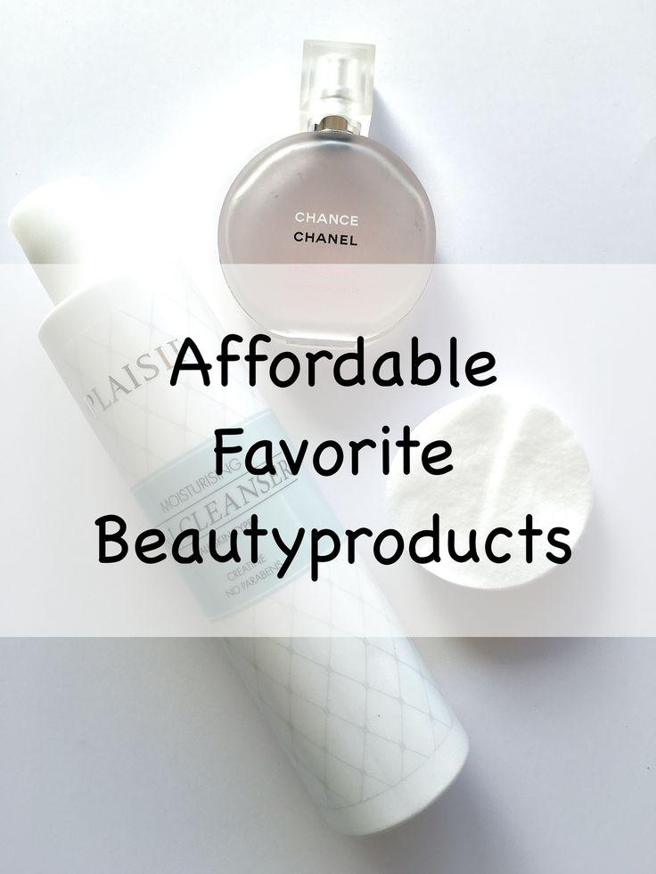 Hey guys! Jeg tænkte at jeg ville give jer et lille indblik i nogle af de produkter som jeg bruger dagligt når det kommer til min hudpleje rutine - og som oven