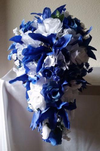 также букет из синих лилий фото стороны комнаты