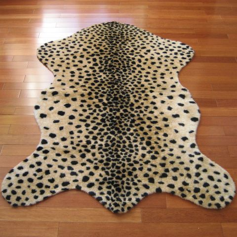White//Gold and Polyester Faux Cheetah Pelt Rug