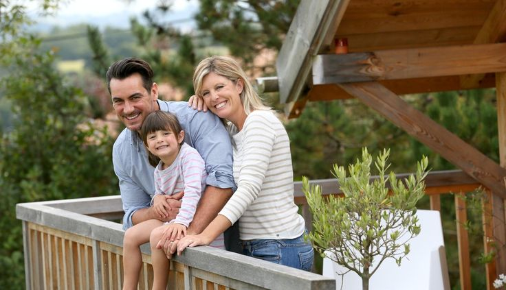 How to Keep Your New Years' Resolution by Staying in an Affordable Gatlinburg Cabin Rental - http://www.amazingviewscabinrentals.com/keep-new-years-resolution-staying-affordable-gatlinburg-cabin-rental/
