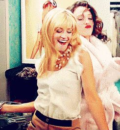 "They have awesome dance parties. | 9 Times Max And Caroline From ""2 Broke Girls"" Had The Best Friendship"