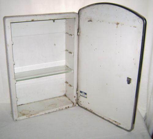 Vintage-Homart-Metal-Bathroom-Cabinet-Etched-Mirror-Door-Glass-Shelf