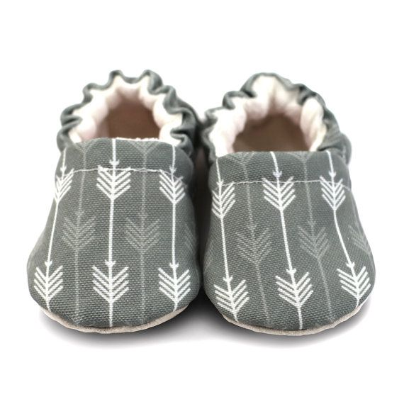 Hey, I found this really awesome Etsy listing at https://www.etsy.com/il-en/listing/212355854/grey-arrow-baby-moccasins-lennon-gray