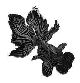 レーザー彫刻で加工した金魚