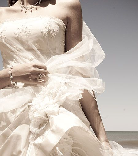 Pre owned wedding dresses