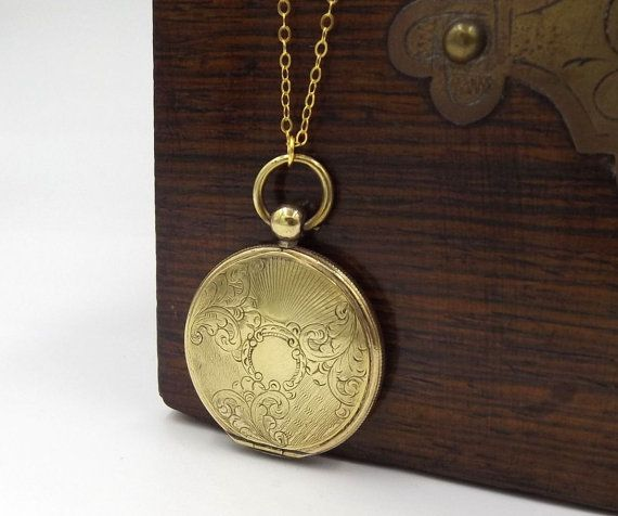 Antikes Medaillon Halskette Edwardian Goldton von DaisysCabinet