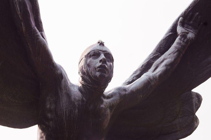 Icarus.jpg (1050×695)
