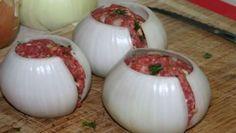 Bolas de cebolla y relleno de carne molida