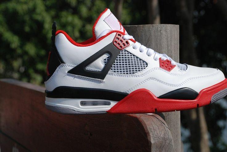 Nike soldes - Air Jordan (4) Retro