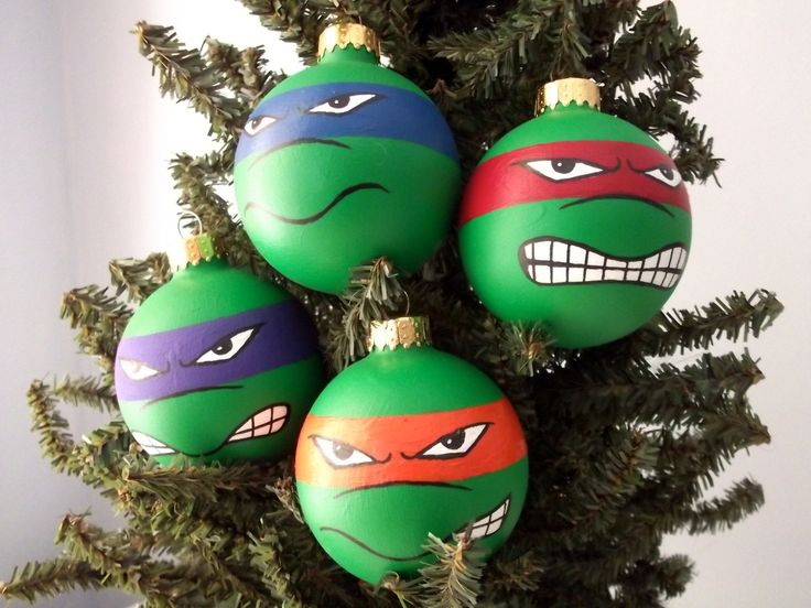 Cowabunga! This is a hand painted holiday ornament set inspired by the Teenage Mutant Ninja Turtles!   Hand painted on 2.5 inch ornaments. These are our designs and are all individually painted in acrylic and ink pens. The paint has been sealed with a polyurethane spray.