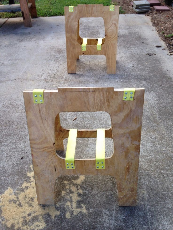 """Sometimes I only need half of my Paulk Workbench so I built two """"Half Horses"""". I use this a lot and it works well for a lot of quick proje..."""