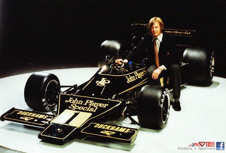 Lotus 76 launch 1974 with Ronnie Peterson