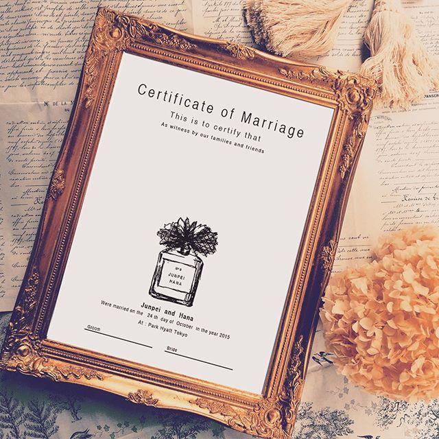 こちらは同じパフュームボトルデザインのウェディングツリーです!結婚証明書になりますよ·͜·ೢ ⋆* ︎ #ウェディングツリー#ウェルカムボード#menu#ウェディング#オーダーメイド#イニシャル#パフューム#パフュームボトル#ブライダル#イラスト#プレ花嫁#モノクロ#ナイトウェディング#シンプルウェディング#シンプル#White#結婚準備#結婚式準備#席札#席次表#Black#Black&White#香水瓶#新郎新婦#wedding#bridal#hatti_design_works