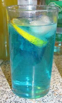 1000 id es sur le th me cura ao bleu sur pinterest for Cocktail russe blanc
