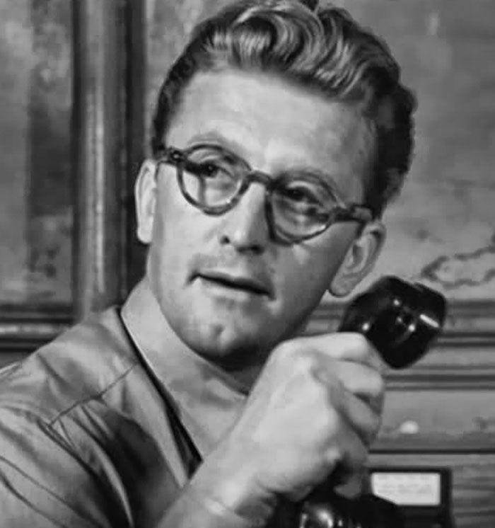"Kirk Douglas en ""Brigada 21″ (Detective Story), 1951"