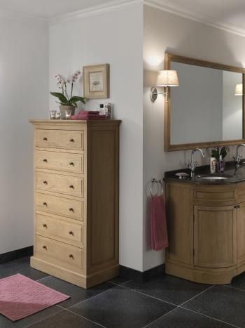 House of Ascott - Montreux - commode