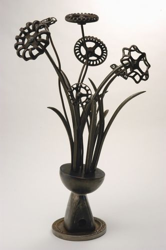 Patrick Plourde. Vintage Metal Sculpture: Large Spigot Floral Oh My word this is so awesome! Love it!
