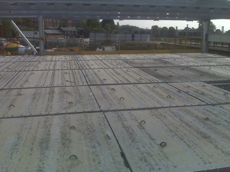 Precast concrete flooring products-Live work environments and tight deadlines - Aldi Atherstone