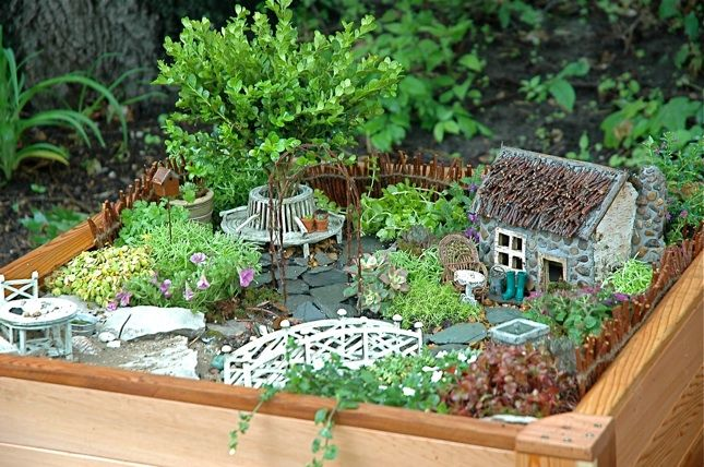 This fairy garden was created by children. DIY wow!