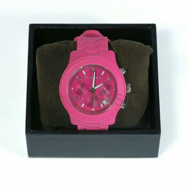 Preloved  Michael Kors  Drake Silicone Chronograph  Watch  Store Style #: MK8262 Electric Pink  Bought at US  IDR 600,000 (net)  #authentic #branded #michaelkors #watch #preloved