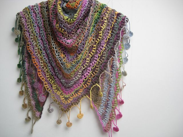 Gorgeous crocheted in Lang Yarns Mille Colori Baby yarn >> Ravelry: fanalaine's Berry Shawl Encerclé
