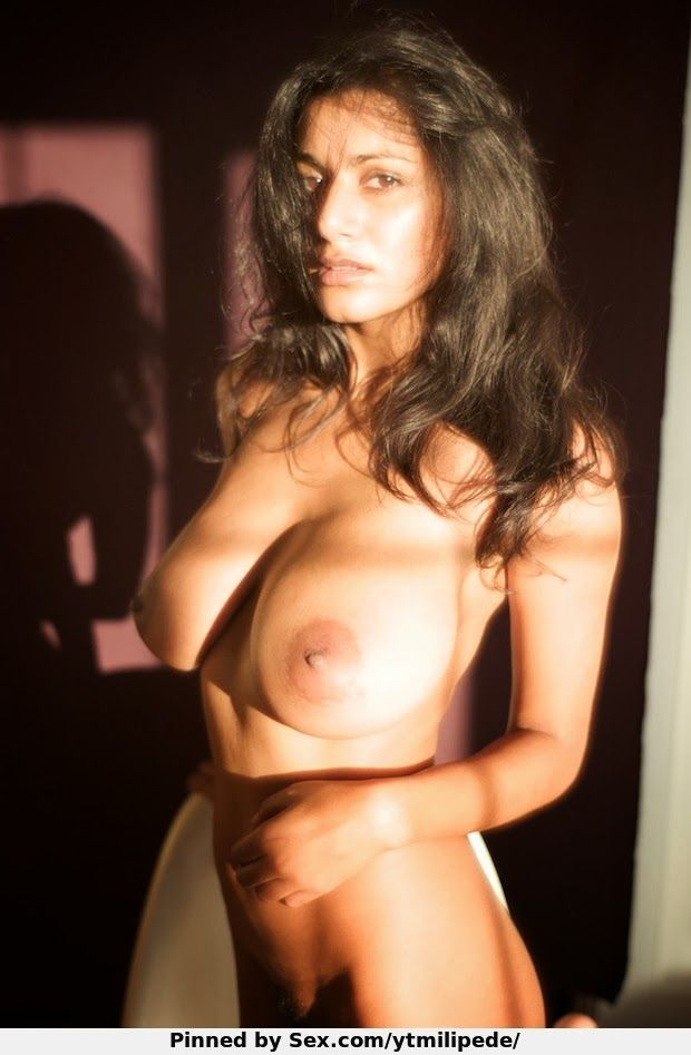 nude indian beauties sucking