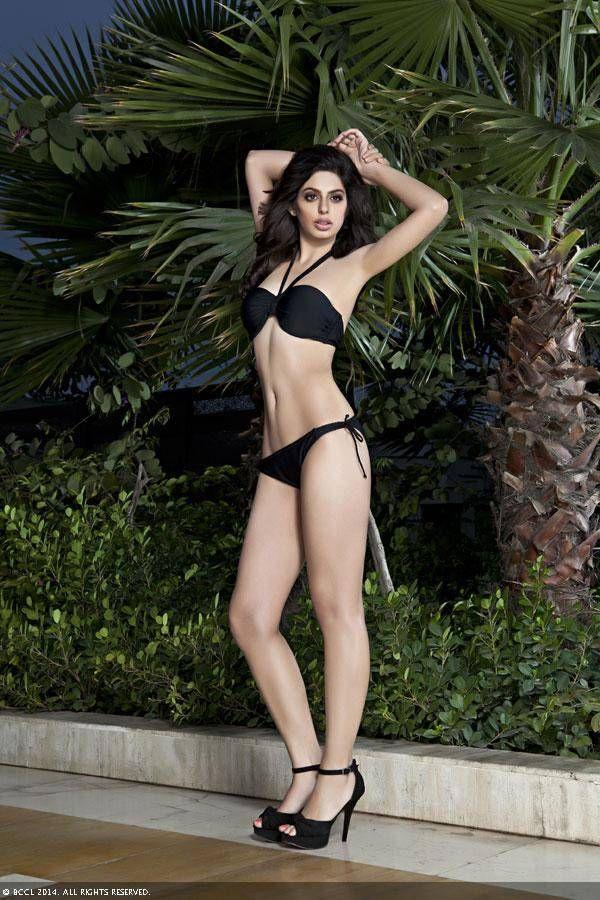 Femina Miss India Delhi 2014 Finalist Amishi Sindhwani