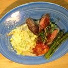 Lammfile med gräddstuvad kål och rödvinsky - Recept från Mitt kök - Mitt Kök