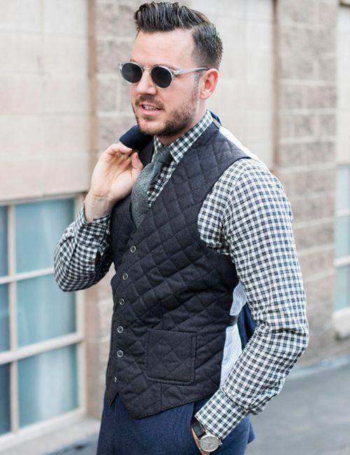 冬に着たいダウンベストはチェックシャツと合わせたい。ベストのモテコーデメンズ一覧。 トレンド・人気・おすすめコーデを紹介。