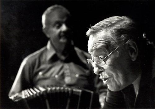 Astor Piazzola & Roberto Goyeneche by Sara Facio