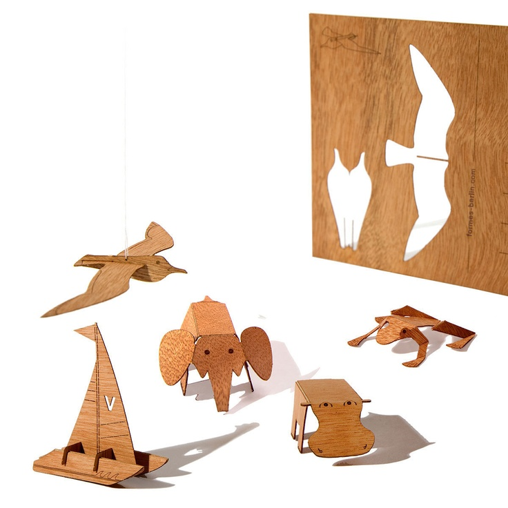 Wood postcards with laser-cut patterns on the surface. After the initial delight of receiving real mail, recipients can pop out, fold, and assemble shapes into enchanting toys and objets d'art. Send greetings that keep on giving. By formes Berlin.