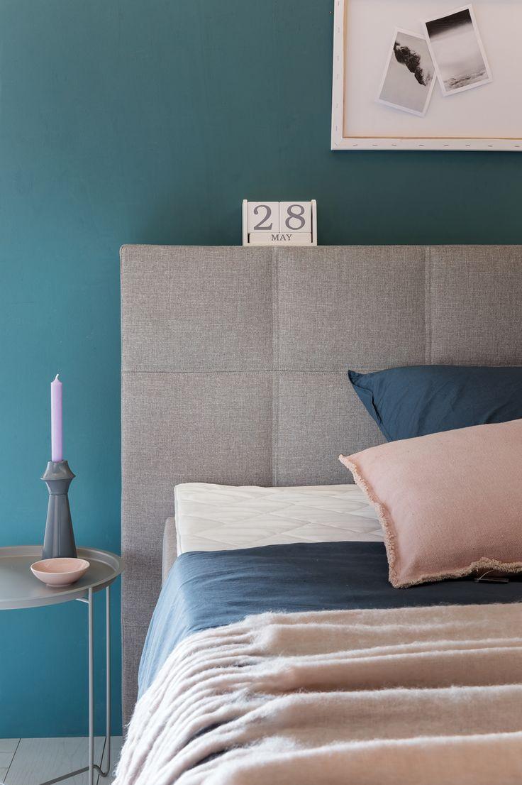 Die besten 25 schlafzimmer petrol ideen auf pinterest for Tapete petrol grau