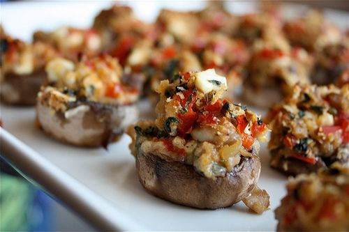 Mediterranean stuffed mushrooms: Easter Dinner, Red Bell Peppers, Mediterranean Stuffed, Mushroom Recipes, Stuffed Mushrooms Yum, Bite Size Appetizers, Party Food