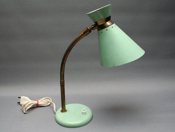 Lampe diabolo vert céladon . Flexible . Bureau par FeelingOfDejaVu