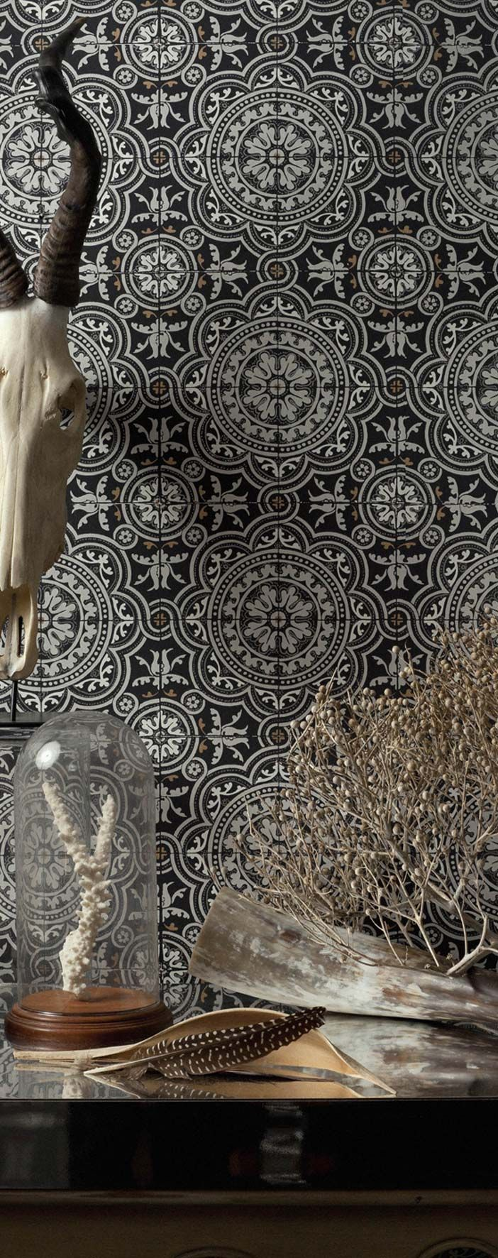 Wallpaper… Piccadilly, Albemarle collection wallpaper by Cole & Son