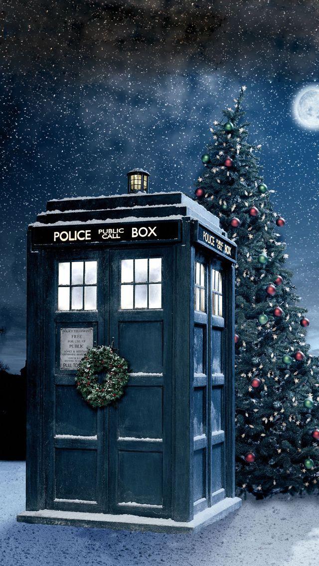 Tardis during Christmas | Doctor who wallpaper, Doctor who christmas, Tardis wallpaper