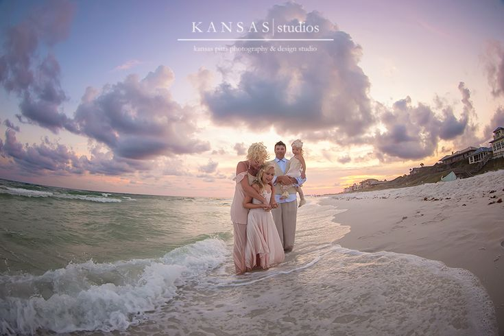 the+mitchell+family+ +dreamboat+beach+session+on+30-a+{styled+santa+rosa+beach+session}